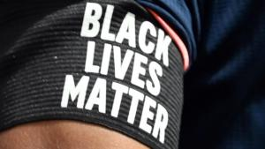 """Tennessee poll worker fired for turning away voters with """"Black Lives Matter"""" and """"I Can't Breathe"""" shirts"""