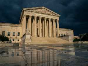 U.S. Supreme Court decides in favor of religious groups over New York virus curbs