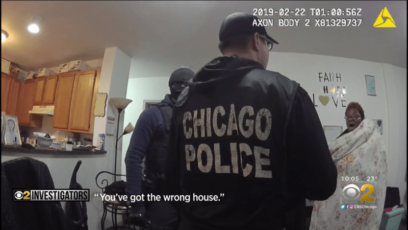 Chicago police raid the wrong apartment; handcuff innocent, naked woman