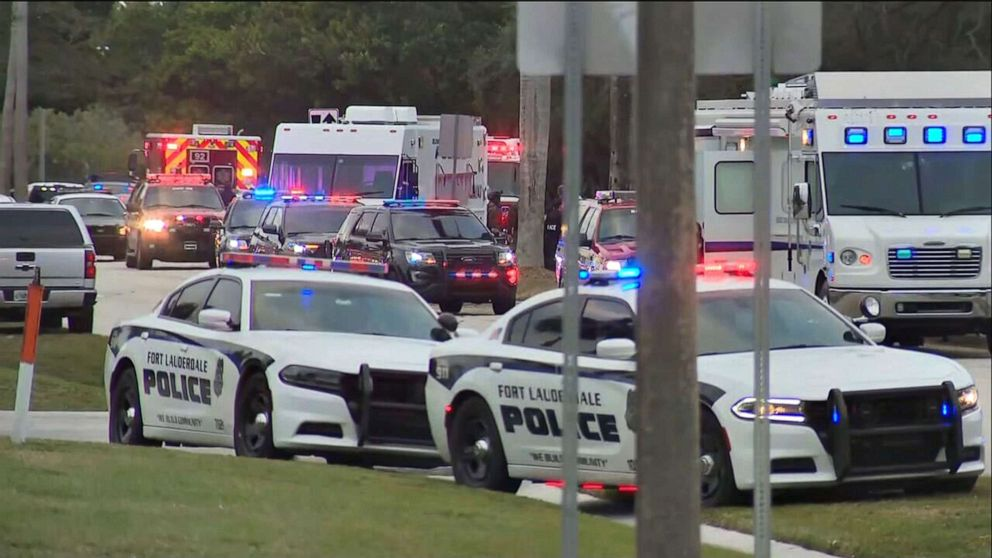 2 FBI Agents Killed, 3 Wounded in Florida While Serving Warrant