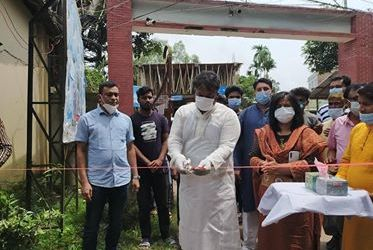 নবাবগঞ্জ ও বিরামপুরে জীবাণুনাশক টার্নেল উপহার দিলেন শিবলী সাদিক এমপি