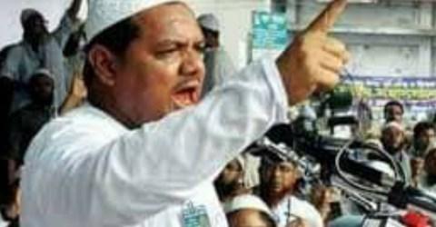 """""""ফ্রান্সের বিরুদ্ধে পদক্ষেপ গ্রহণে শেখ হাসিনা নিশ্চুপ কেন, দেশের মুসলমান জানতে চায়""""-চরমোনাই পীর।"""