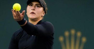 """Andreescu e noua """"regină"""" de la Indian Wells: Bianca a câştigat o finală sufocantă cu Kerber, de peste două ore 16"""