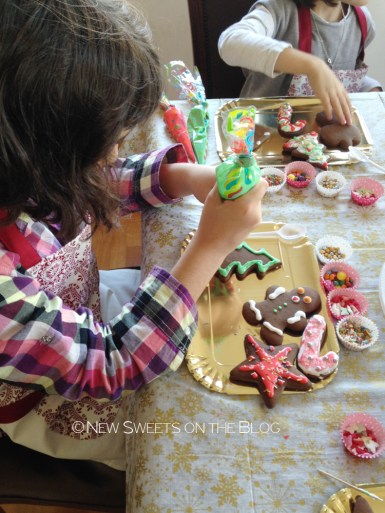 new-sweets-on-the-blog-cookie-decorating-bd-party-ada-plainaki-cookies16