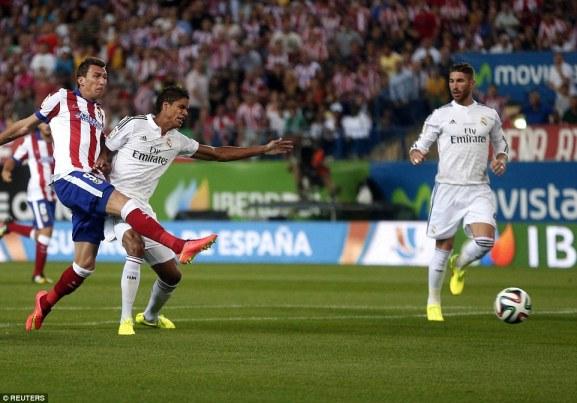 1408742499223_wps_7_Atletico_Madrid_s_Mario_M