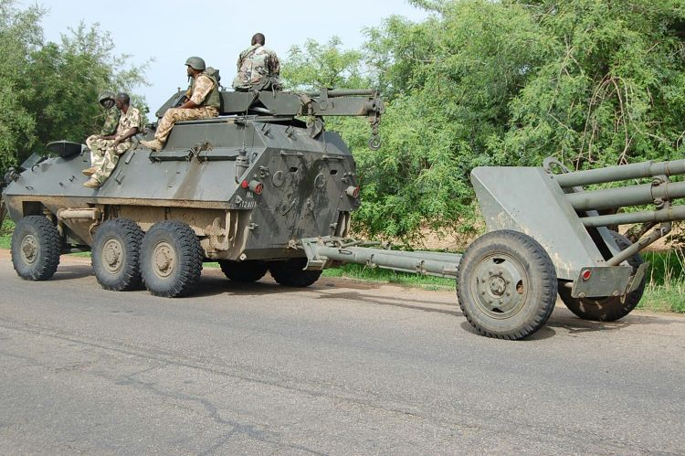 Troops and equipment advancing to Damboa town