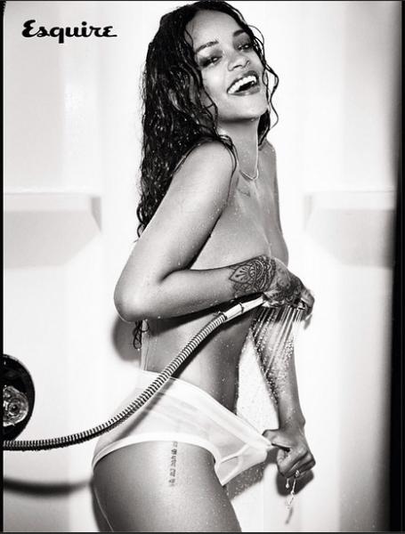 Rihanna-Instagram-Esquire-UK-December-2014-6-455x600