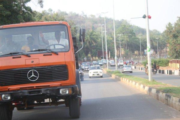 Fayose drives truck 2