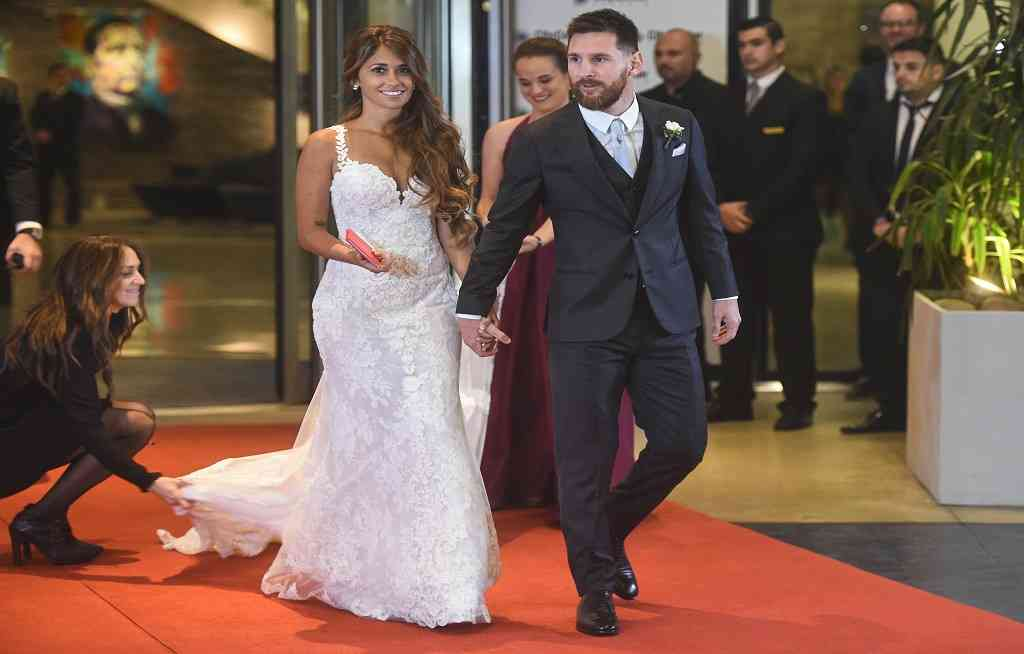 Messi's mother accused of trying to upstage bride