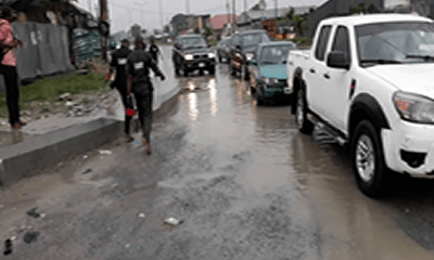 BREAKING: Wike's convoy attacked by Amaechi's aides in Port Harcourt