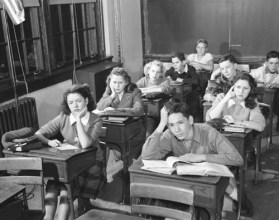 Boring class --- Image by © H. Armstrong Roberts/CORBIS