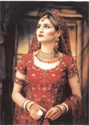 history-of-wedding-dress-asia-red-dress