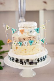 southboundbride-cheese-wedding-cakes-007
