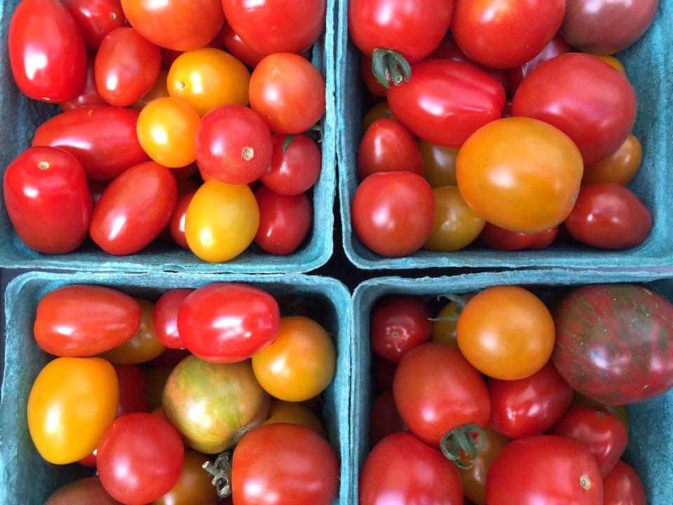 market-tomatoes