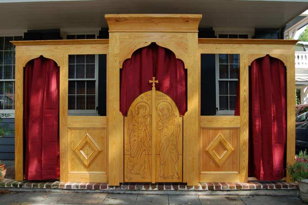 Mission Church Iconostasis 1