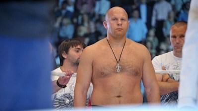 Федор Емельяненко нокаутировал Джексона в бою турнира Bellator 237