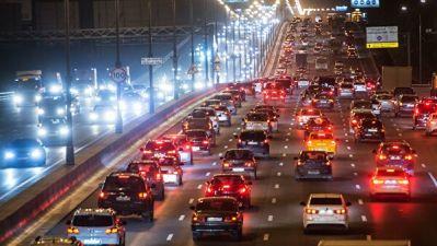Более 650 тысяч автомобилей выехали на улицы Москвы в новогоднюю ночь