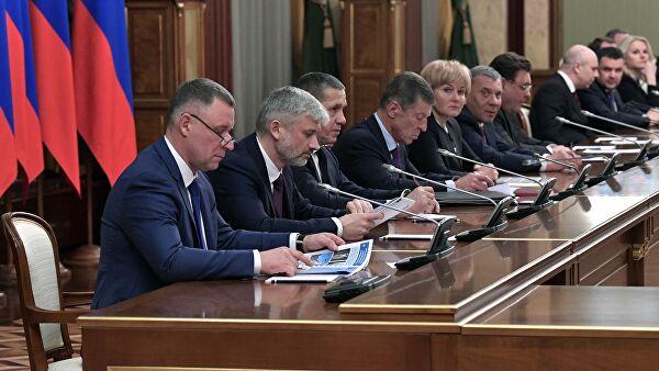 Депутат заметил логику в отставке правительства