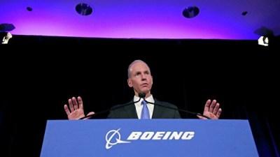 """СМИ: ушедший в отставку глава Boeing не получит """"золотой парашют"""""""
