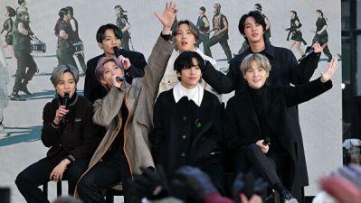 СМИ: участники группы BTS будут давать уроки корейского поклонникам