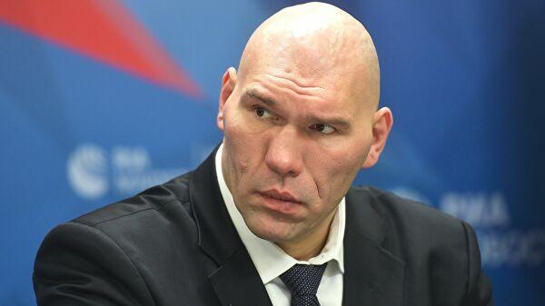 Валуев ответил на критику Познера о его работе в Госдуме