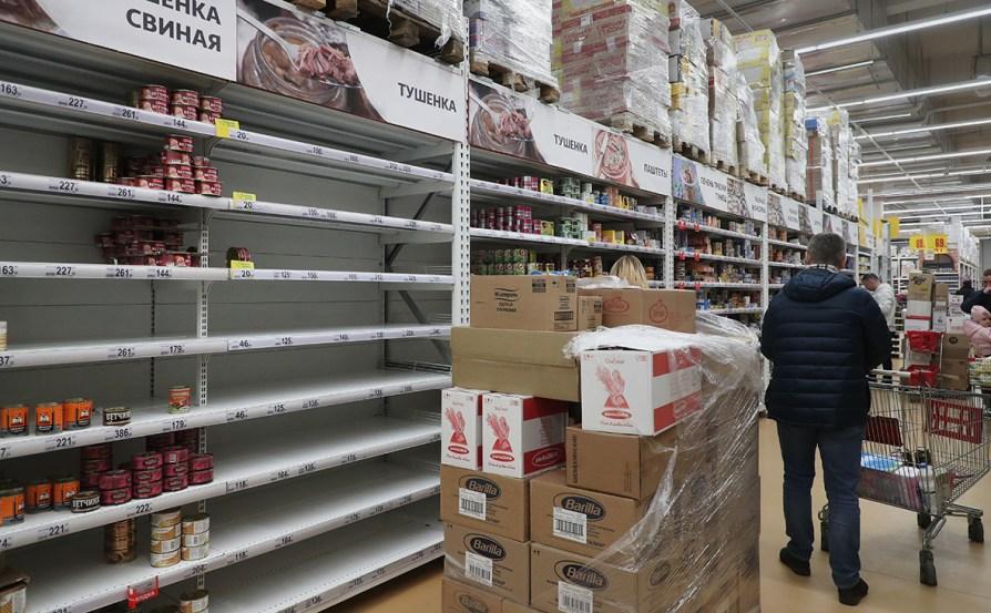 Россиянам дали советы по покупке продуктов во время пандемии