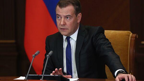 """Медведев вошел в набсовет """"Роскосмоса"""""""