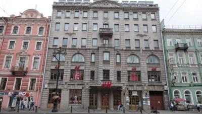 H&M покинул здание в центре Петербурга, где располагался более 10 лет
