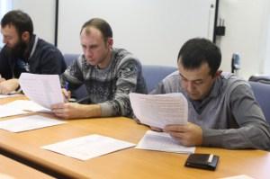 К иностранцам введут требования по владению русским языком