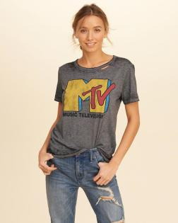 https://www.hollisterco.com/shop/us/girls-graphic-tees-tops/distressed-graphic-tee-8891836_03?ofp=true