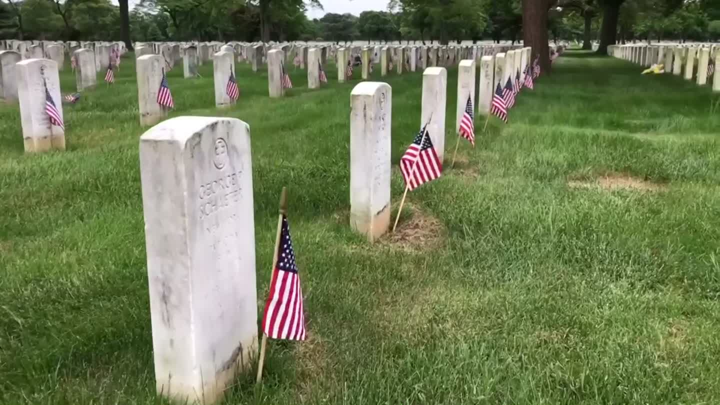 Fallen Heroes Honored During Memorial Day At Long Island National Cemetery