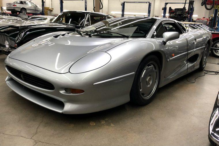1994 Jaguar XJ220 at Autosport Designs