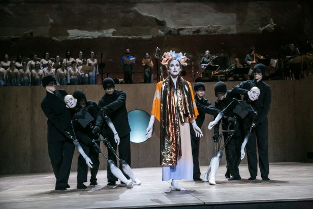 Wendy Whelan with Puppets and the Brooklyn Youth Chorus and ICE deployed behind and above. Photo Mark Stephen Kornbluth.