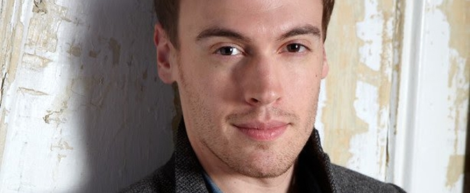 Erich Bergen to Have Some Bad Ideas as Next Doctor Pomatter in WAITRESS