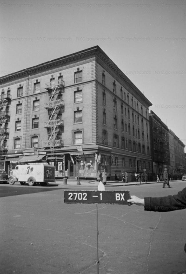828 Dawson Street