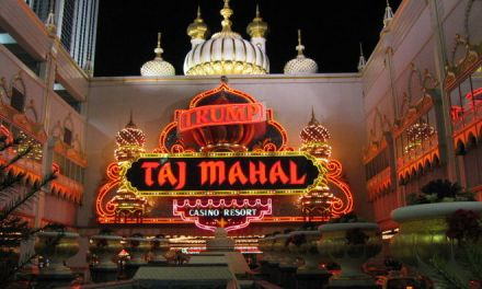 Trump Taj Mahal Casino Closes