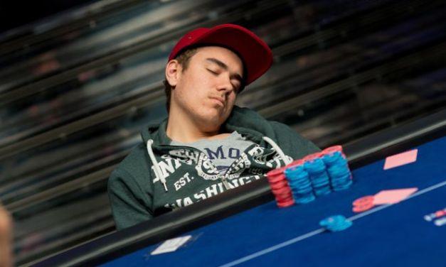 Sleep Better, Play Better: How Sleep Affects Your Poker