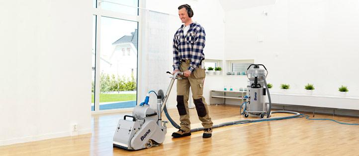 bona_sanding_wood_floor