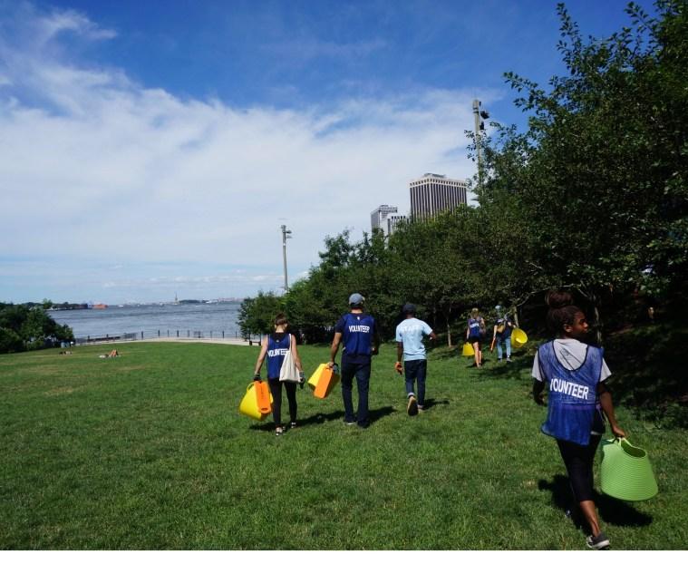 brooklyn-bridge-park-volunteering