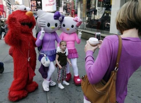 Times_Square_Characte_McMi_t607