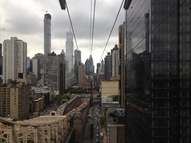 Roosevelt Island Tramway UES