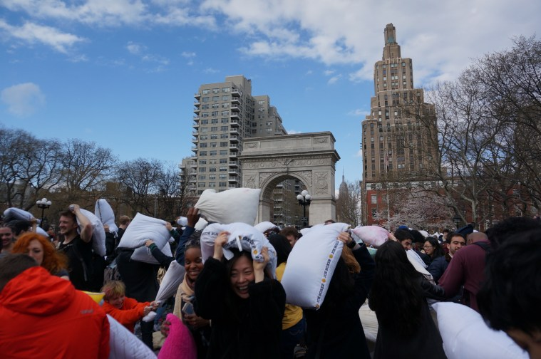 new-york-pillow-fight