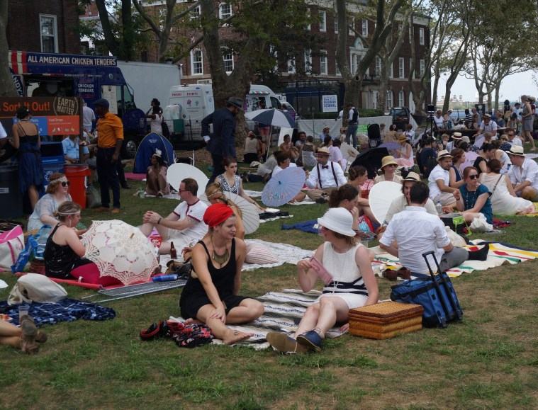 jazz age lawn party picnicking