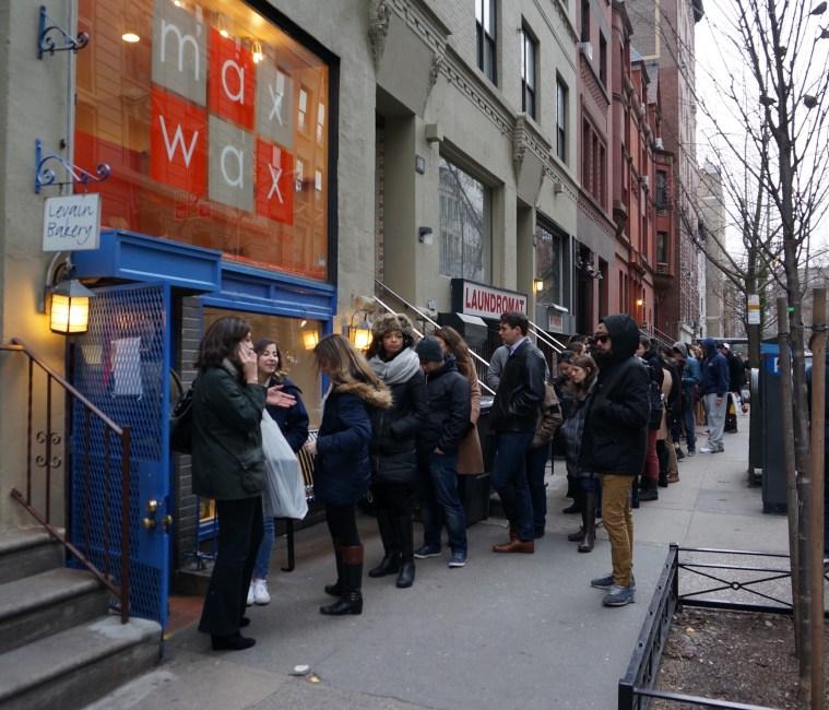 levain bakery nyc line
