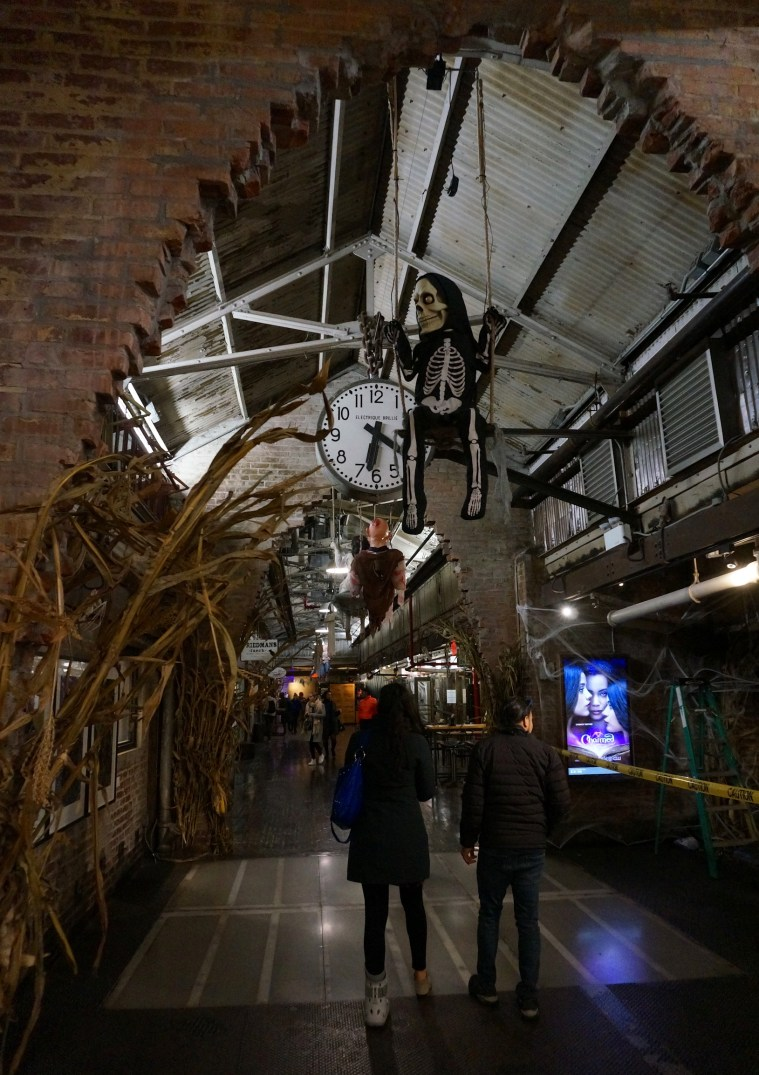 Frights 'n' Delights at Chelsea Market Halloween 2018 - New York Cliché