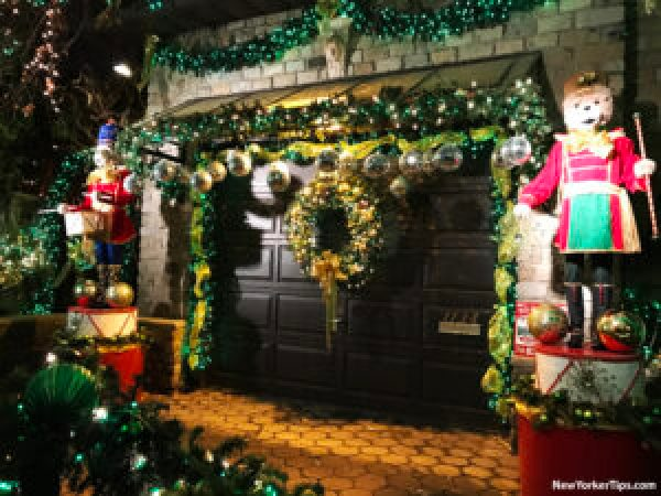 Dyker Heights Christmas Lights 2016