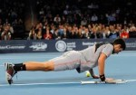 Djokovic doing pushups 150x105 BNP Paribas Showdown: Racketeering Permitted