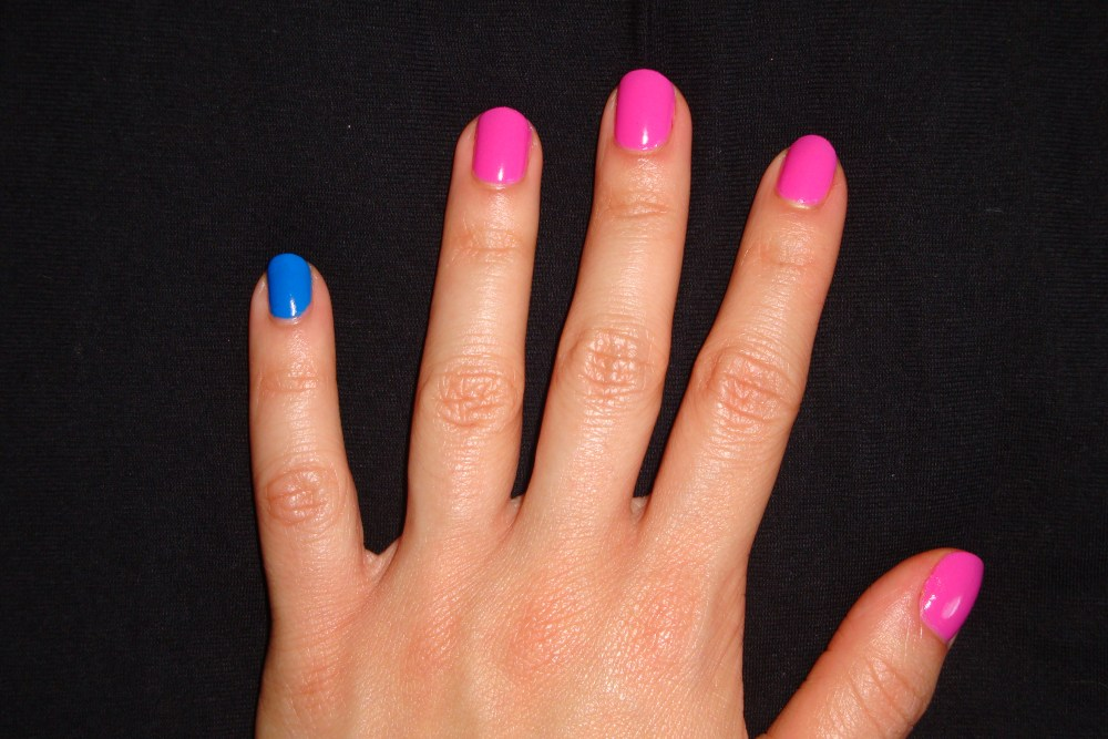 The Skittle Manicure: Making the Most of Our Nail Polish Collections (6/6)