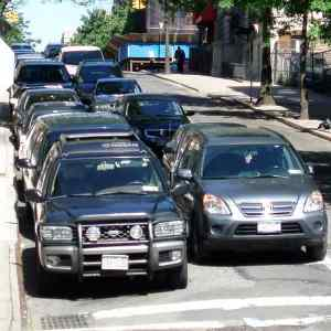 Can a Passenger Vehicle Ever Double Park in NYC?