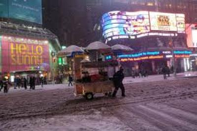 Blizzard of 2015 push cart of NYC street